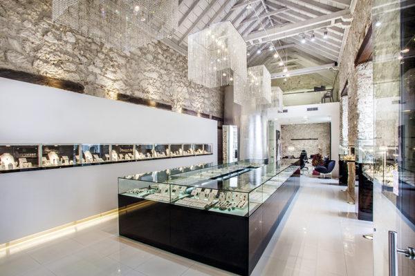 Emerald shopping
